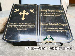 Model Nisan Buku Batu Kristen